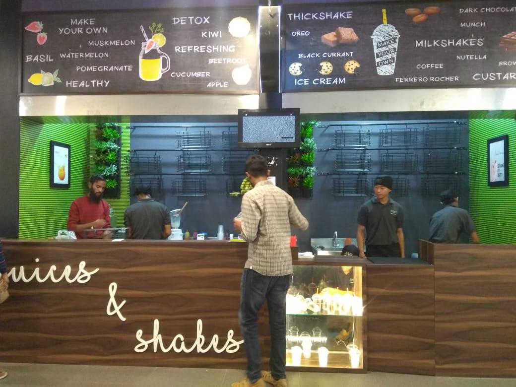 Juices & Shakes Designed by Tasko